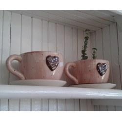 Vaso a forma di tazza rosa