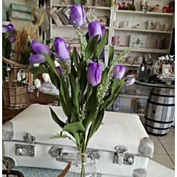 Mazzo di tulipani lilla